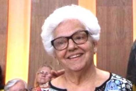 """Dona Regina, a nova sensação das redes sociais, recebe """"Carta Aberta"""""""