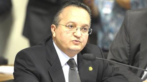 O lamentável flagrante em Pedro Taques (veja o vídeo)