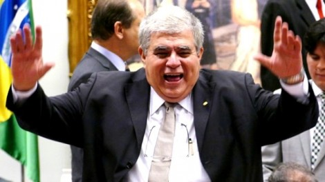 O ministro que para não honrar dívidas, mantém todas as contas-correntes zeradas (veja os documentos)