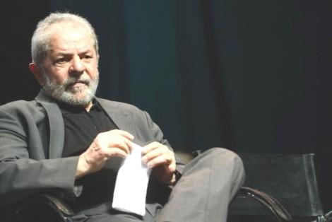 Lula já pode fugir. Decisão esdrúxula do TRF-1 derruba a apreensão do passaporte