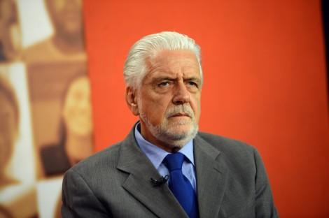 Jaques Wagner em inacreditável reunião do PT lamenta-se por não terem reeditado Cuba (veja o vídeo)
