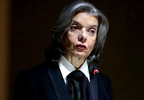 Em programa ao vivo jornalista petista prenuncia a morte de Cármen Lúcia (Veja o Vídeo)