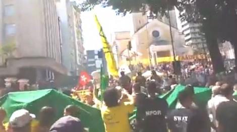 Floripa também repudia e escorraça Lula (Veja o Vídeo)