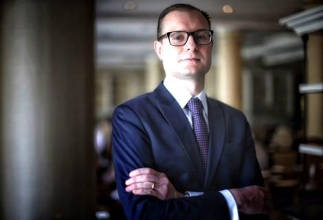 Cristiano Zanin manda recado indecoroso para ministra Rosa Weber