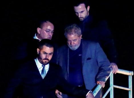 Lula não é o primeiro ex-presidente da República a ser preso