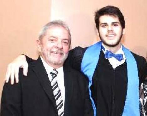 Sem aperto, neto de Lula ganha cargo na Câmara dos Deputados