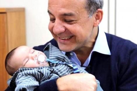 Filho de Cabral diz que neto já tem orgulho do avô