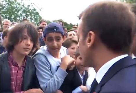 Estudante desrespeita Macron, leva dura e vídeo viraliza (Veja o Vídeo)