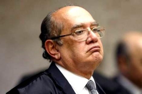 """Gilmar solta mais um e destrói """"Câmbio, Desligo"""""""
