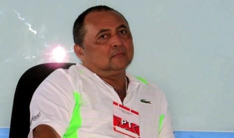 Ex-presidente do PT e advogados de sindicato são condenados à prisão por estelionato