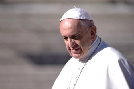 No desespero, PT leva lamentos e mentiras para o Santo Padre