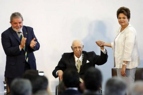 Na atual circunstância, José de Alencar é o vice ideal de Lula