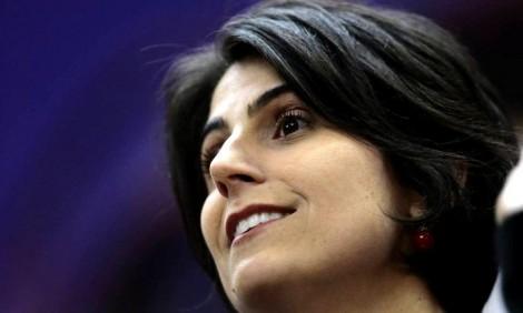 """Em evento, Manuela defende rigor e punição no combate à corrupção, mas pede """"Lula Livre"""""""