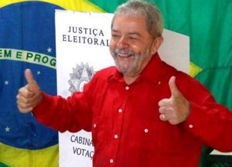 Lula requer na Justiça Eleitoral o direito de votar na condição de presidiário