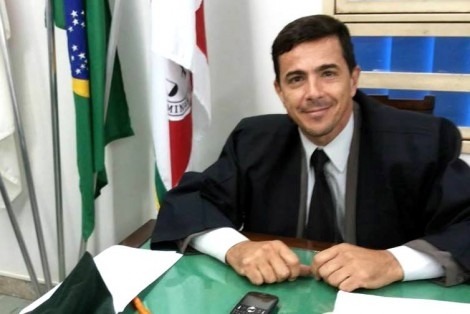 Principal advogado de Adelio era ativista pró-Lula nas redes sociais
