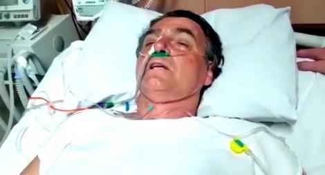 Foto mostra o estrago que a facada fez em Bolsonaro