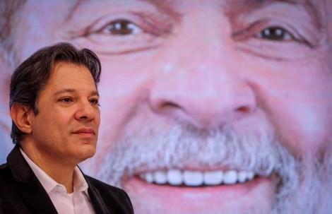Haddad envergonha o país buscando orientações na cadeia...