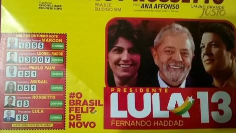 PT debocha da Justiça Eleitoral e distribui propaganda com Lula na cabeça de chapa (Veja o Vídeo)