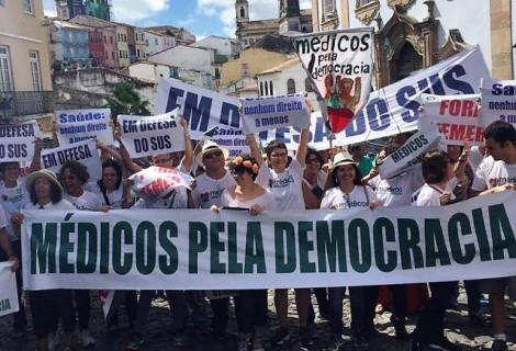 Ofensa aos médicos brasileiros - Médicos comunistas comparam colegas que irão votar em Bolsonaro com médicos nazistas