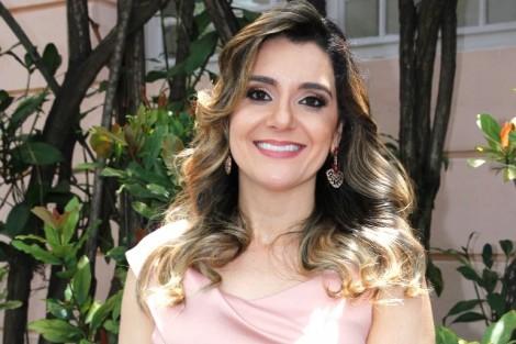 Carolina culpa Dilma pela derrota do marido