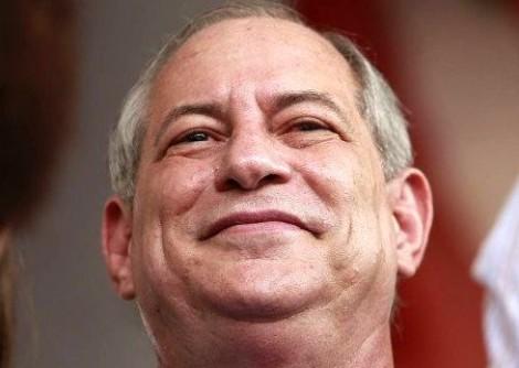 Ciro se posiciona sobre a promessa de que deixaria a política em caso de vitória de Bolsonaro