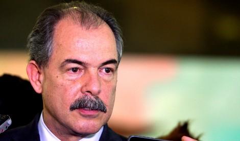 """Desonesto, Mercadante faz """"matemática"""" que desconstrói a legitimidade da vitória de Bolsonaro (Veja o Vídeo)"""