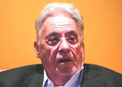 Despeitado, FHC dispara ofensas contra Bolsonaro no exterior