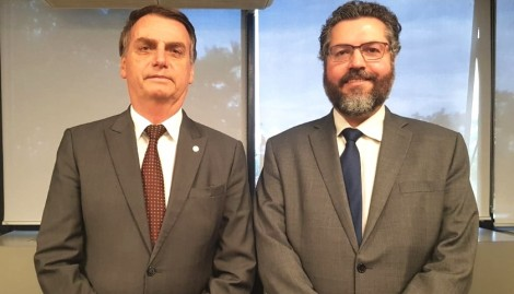 O esplêndido artigo do futuro chanceler de Bolsonaro. Saiba o que pensa Ernesto Araújo