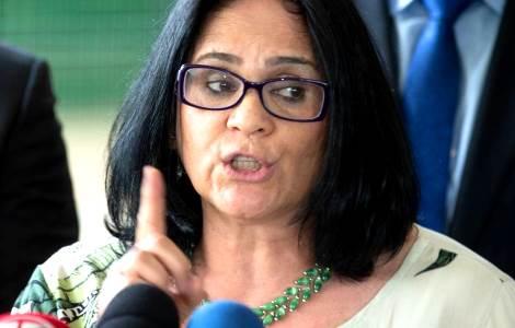 Entrevista de Damares revela o motivo dos ataques da esquerda (Veja o vídeo)