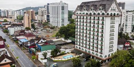 A invenção da arquitetura teuto-brasileira joinvilense