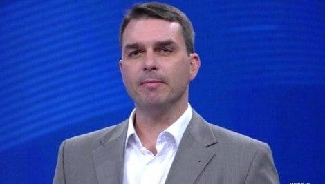 """Professor de direito esclarece que """"procedimento secreto"""" contra Flávio Bolsonaro é ilegal (Veja o Vídeo)"""