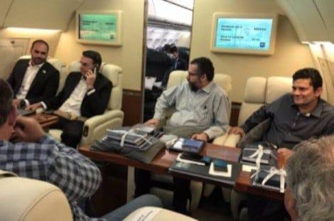 Petistas expõem ódio nas redes sociais e desejam queda de avião com Bolsonaro e Moro