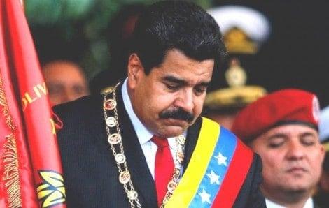 Militares venezuelanos se unem para derrubar Maduro (Veja o Vídeo)