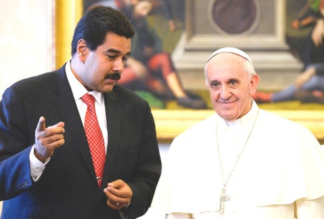 Nem o Papa reconhece mais Maduro como presidente, só a insana Gleisi se mantém firme