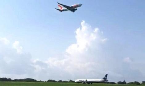 """O flagrante de uma """"quase"""" tragédia envolvendo aviões da Azul e da Gol (Veja o Vídeo)"""