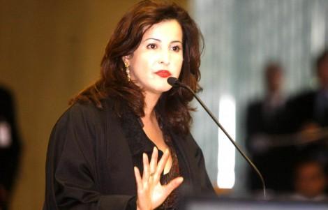 A poderosa mulher que faz depósitos mensais na conta de um ministro do STF