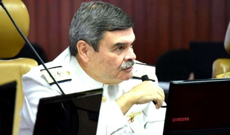 O Almirante Marcus Vinícius Oliveira dos Santos no comando do Superior Tribunal Militar