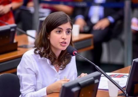 """""""O discurso da deputada Tabata Amaral poderia ser comovente, mas dá nojo"""""""