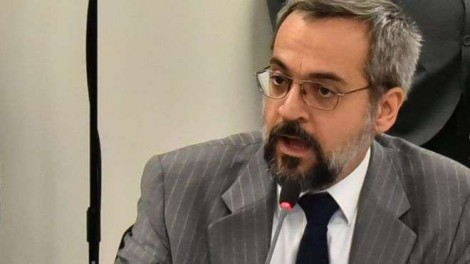 Mídia brasileira, corrupta, venal e golpista, quebra a cara novamente