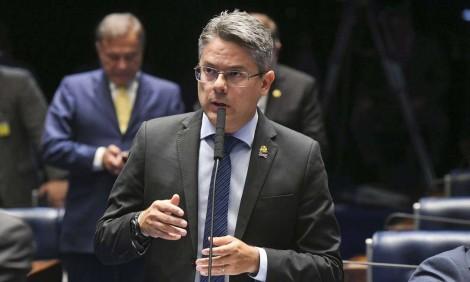 Impeachment de Toffoli e Moraes irá até o final, garante autor do pedido da CPI da Toga (Veja o Vídeo)