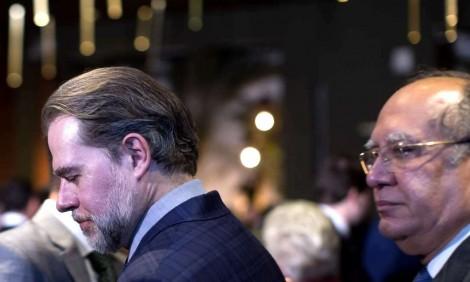 """Delegado da PF trata Toffoli como """"Zezinho"""" e em artigo zomba o presidente do STF"""