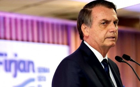Bolsonaro repete que não nasceu para ser presidente e aponta quem nasceu para tal (Veja o Vídeo)