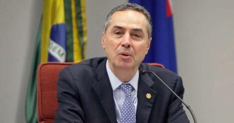 """Barroso diz porque apoia a Reforma da Previdência: """"Pobre se aposenta por idade aos 65 anos"""" (Veja o Vídeo)"""
