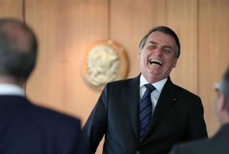 Mesmo sob acusações de falta de articulação e diálogo, Bolsonaro tem aprovação acima da média histórica no Congresso
