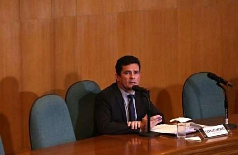 Não existe juiz neutro para julgar acusados de crimes de lesa-pátria