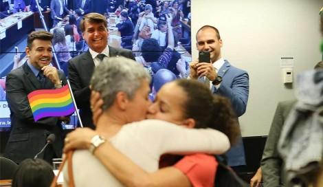 LGBTs contra Bolsonaro: a instrumentalização de uma causa justa para alavancar pautas impopulares da esquerda (veja o vídeo)