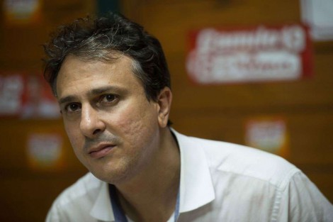 O PT se desmancha e governador petista tem atuação determinante em favor da Reforma da Previdência