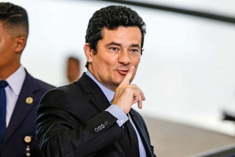 """Novo ataque da Folha sobre """"mensagens de Moro"""", não tem mensagens de Moro"""