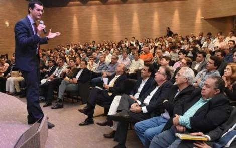 Em novo ataque, Folha falha e inocenta Deltan de uso da Lava Jato para ganhar dinheiro com palestras