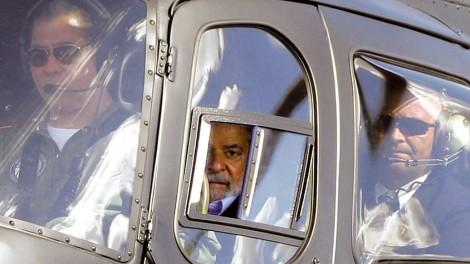 Lula deixará a cadeia em Curitiba e será transferido para São Paulo